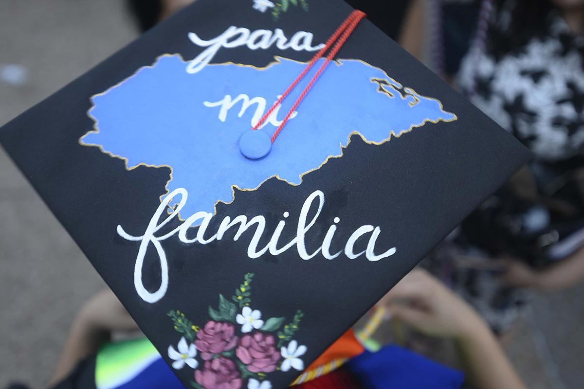image of Latinx Graduation UT 21