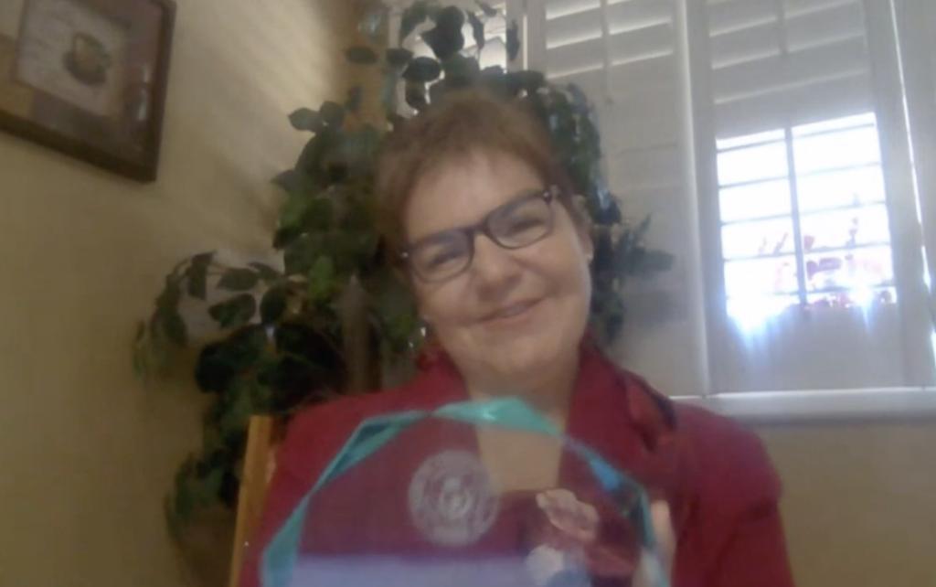 El Buen Samaritano Award Winner