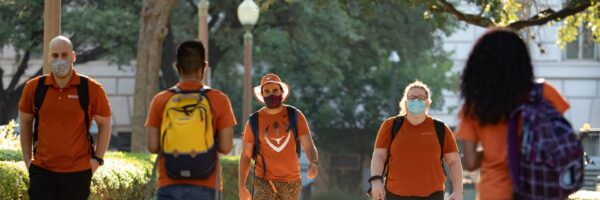 image of students at UT with masks 2021